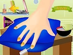 Sofia the First Nails Salon