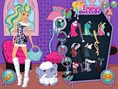 Disney Princesses Go To Monster High Juego Online En